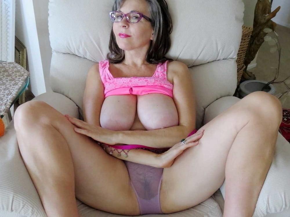 Busty mature orgasm