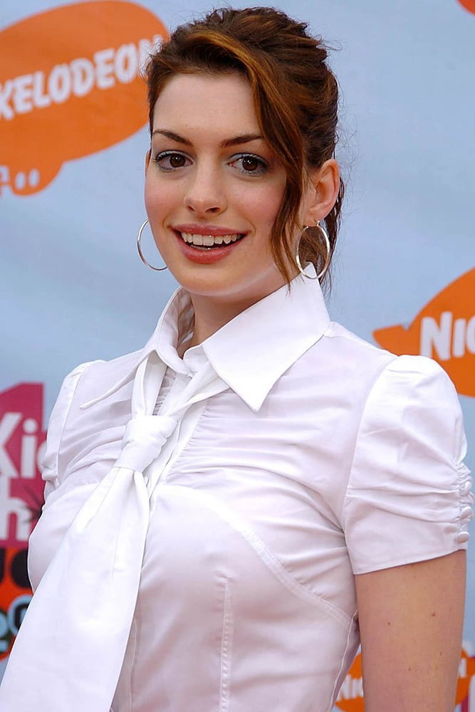 Anne hathaway naked pics-8402