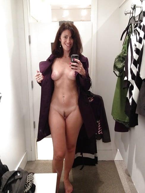 Pretty milf topless mirror
