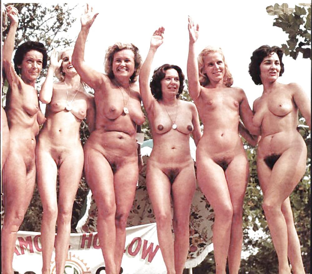 Видео развода ретро групповое фото голых женщин