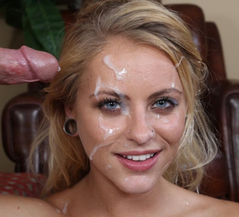 Красивой голубоглазой блондинке кончили на лицо