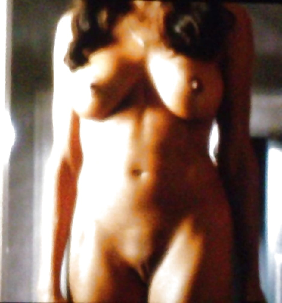Rosario dawson nude photos