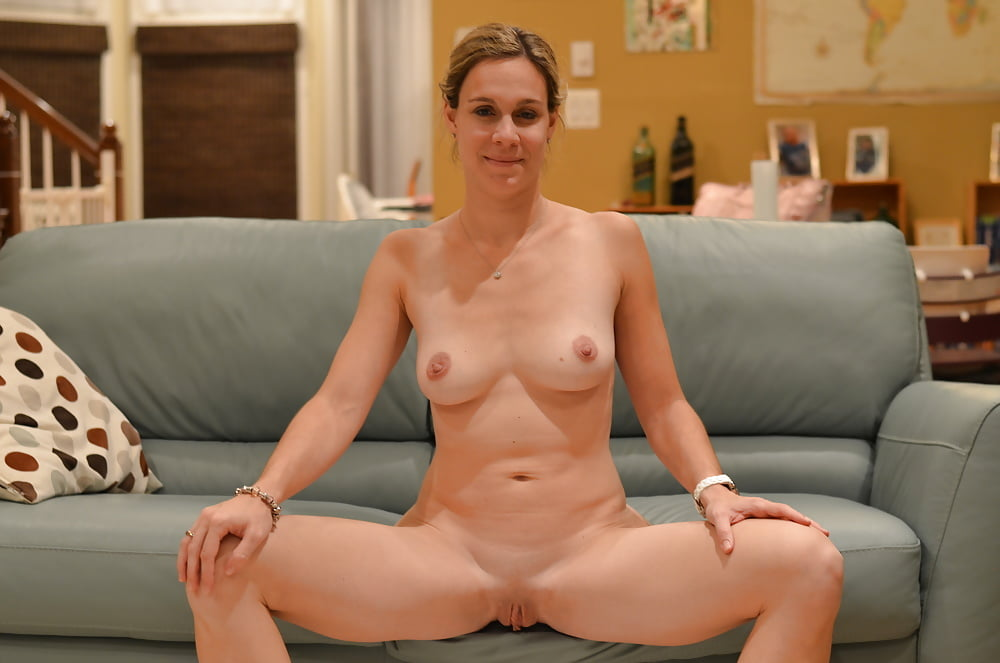 galleries-naked-mature-neighbour