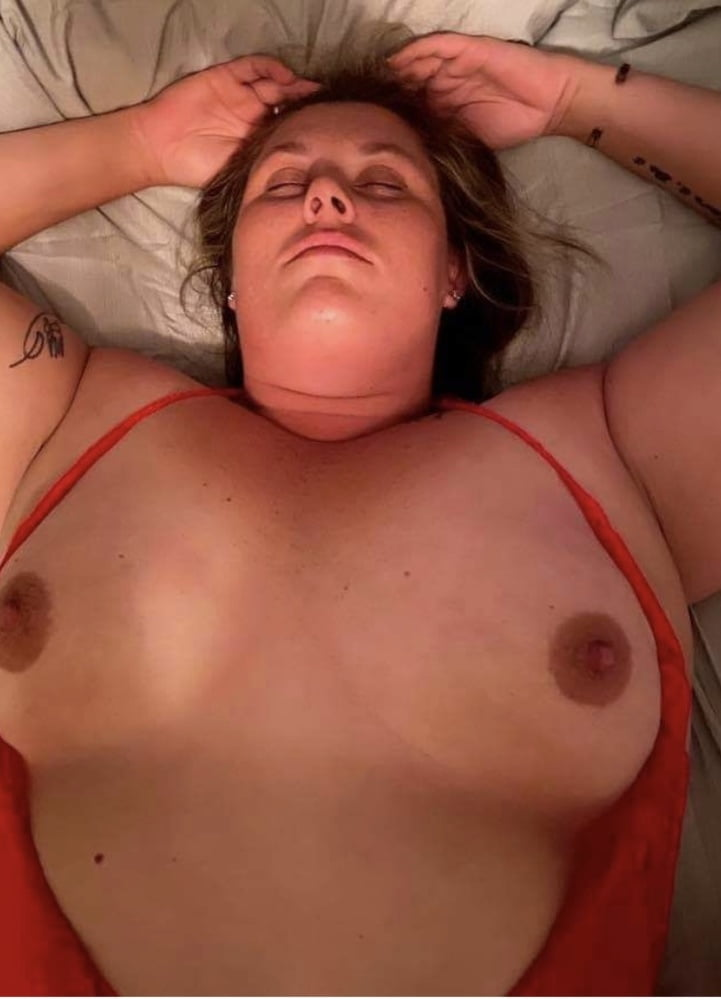 Ashley is a filthy milf who takes it in all holes