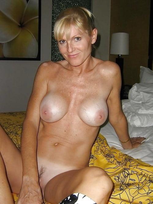 amateur mother lesbian