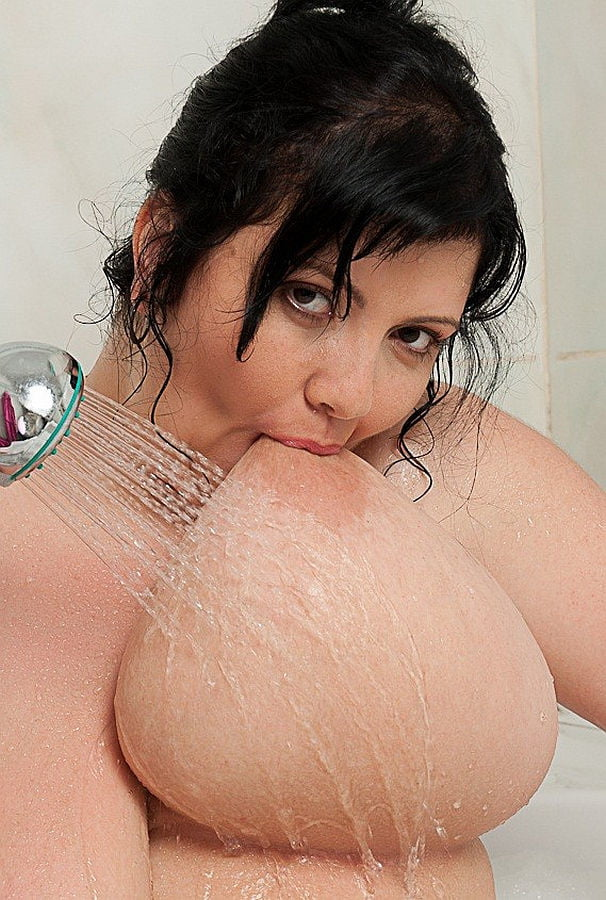 Pics suck own boob — pic 6