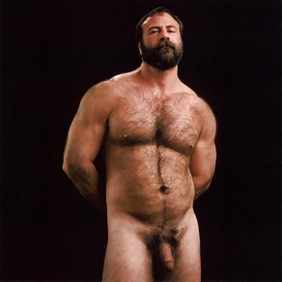 Miniatura grandes hombres peludos