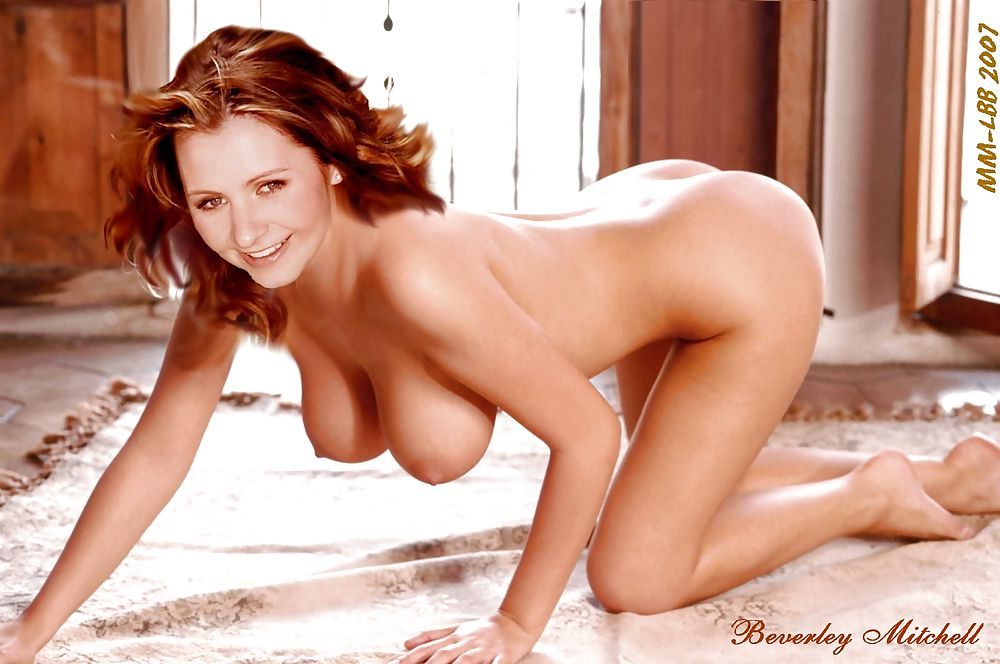 Beverley Mitchell Portrait Sexy Foto Von Debora