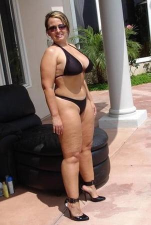 Bikini Xhamster