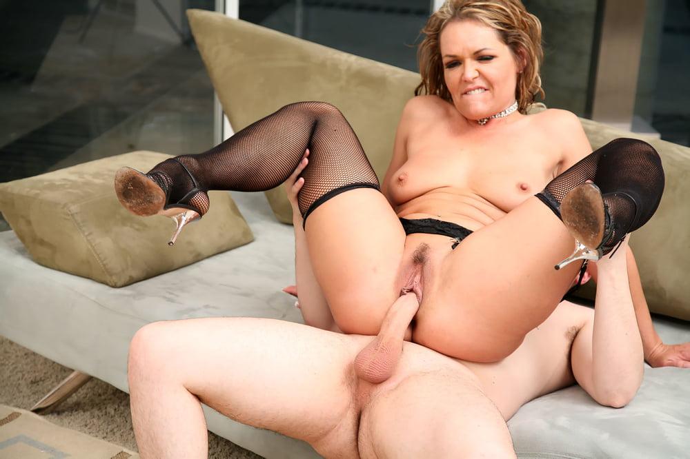 Kelly Leigh Sex AssTraffic 1