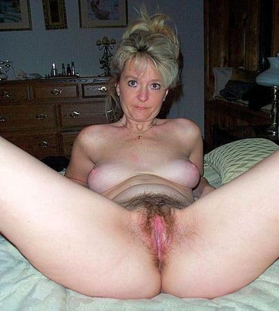 photos nude Beautiful mature
