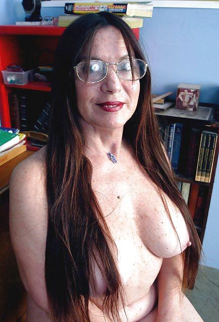 Mature hairy beauty-3134