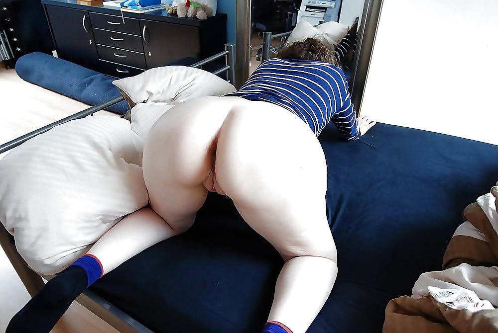 Thick thighs ebony porn pics
