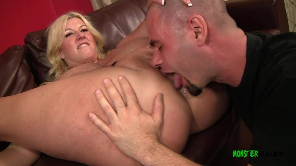 Big ass blonde Zoey rims, sucks and fucks Ralphs big dick - 19 Pics
