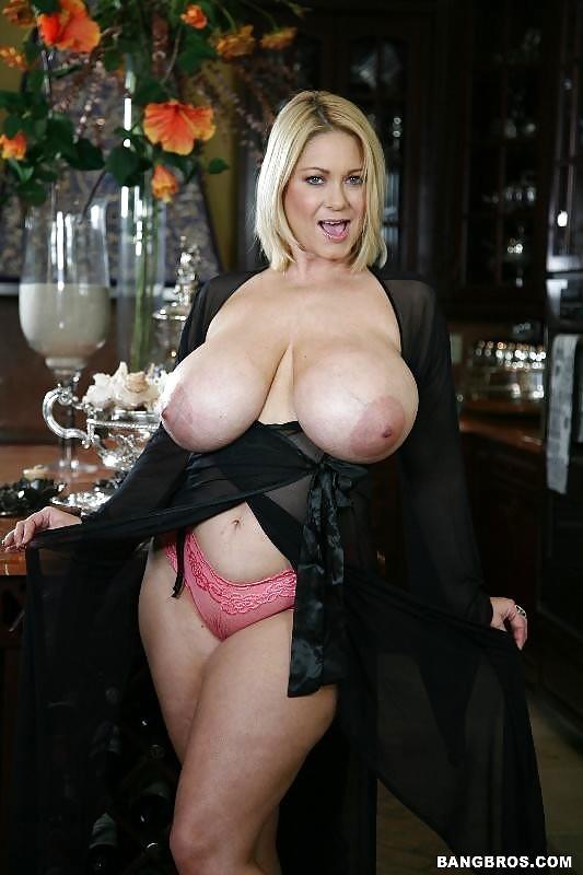 prostitutki-ogromnaya-grud-zara-seks-video
