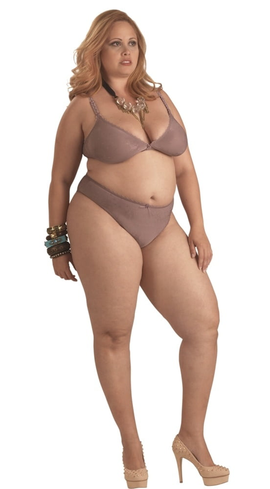 Plus Size Fat Curvy Nude Girls