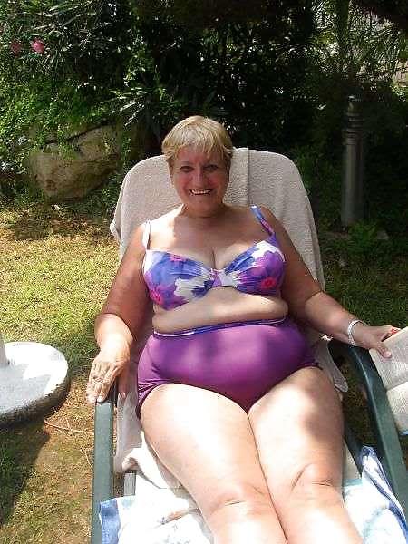 Swimsuit Grannyswould You - 14 Pics - Xhamstercom-8720