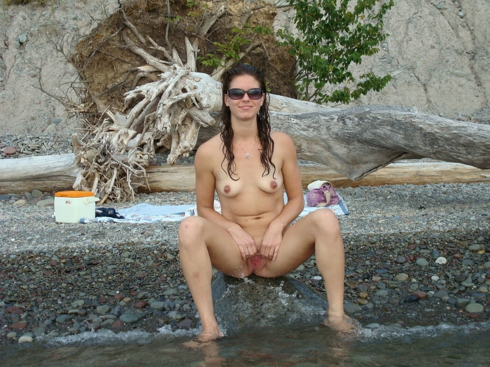 Naked in nature girls