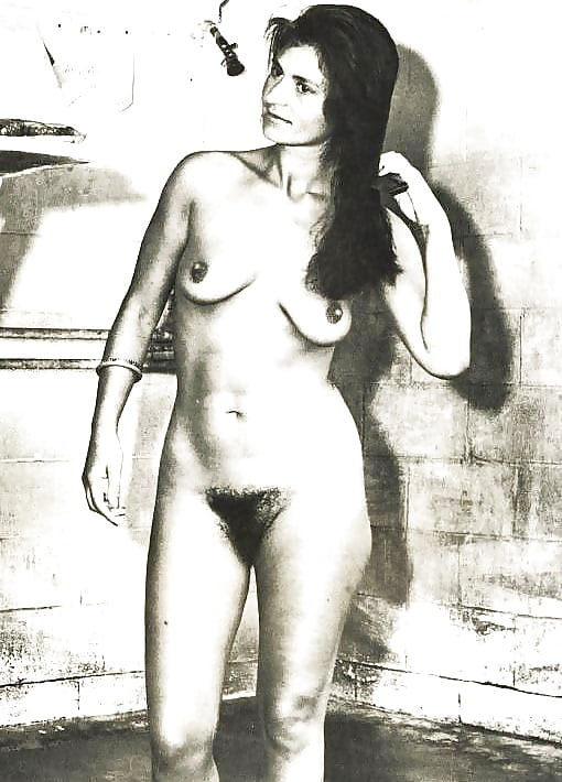 Changing rooms nude retro tube — pic 10