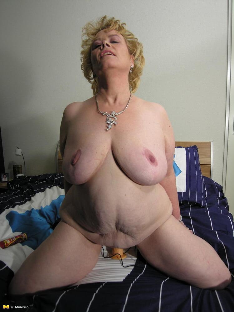 Big boob milf webcam