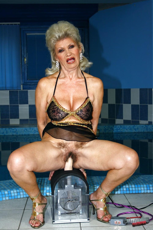 силиконовая старушка порно актриса жан-поль