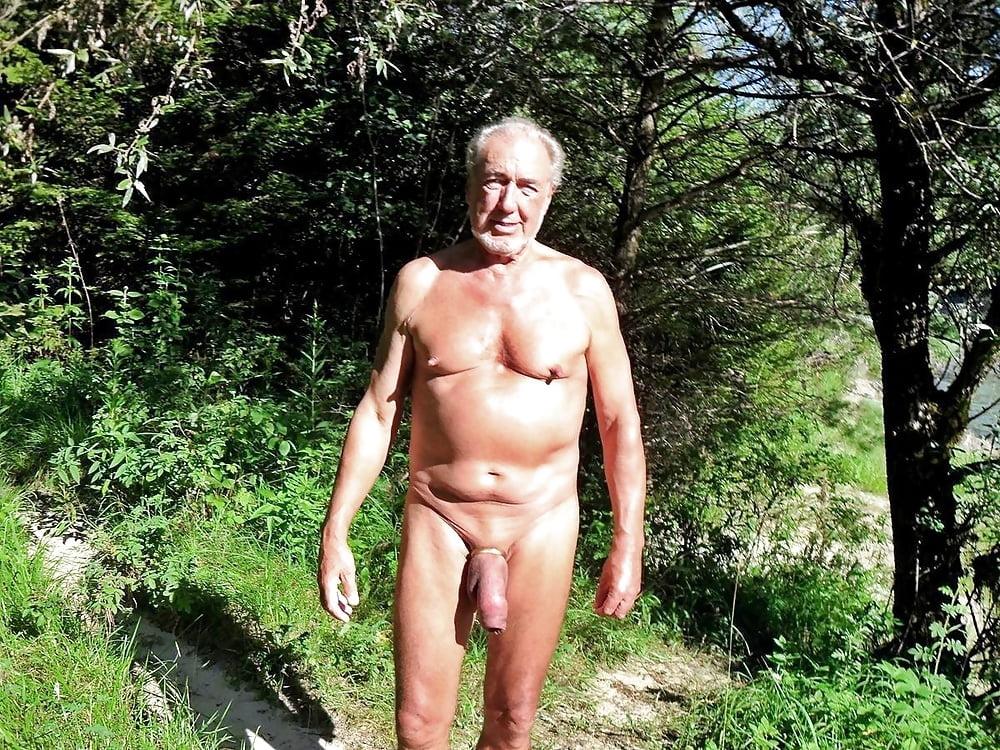 Голые пожилые мужчины фотоархив — img 4