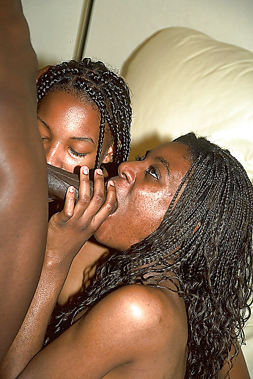 Ebony Teen Threesome - 20 Pics  Xhamster-7073