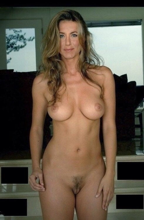 Jennifer aniston playboy midget porn