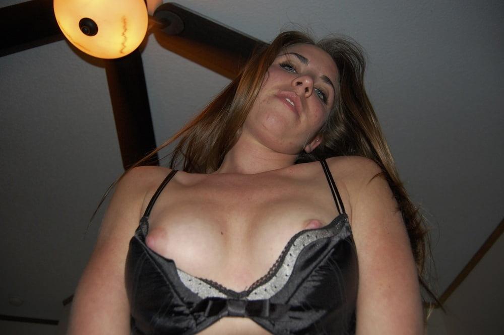 Video xnxx brunette-6836