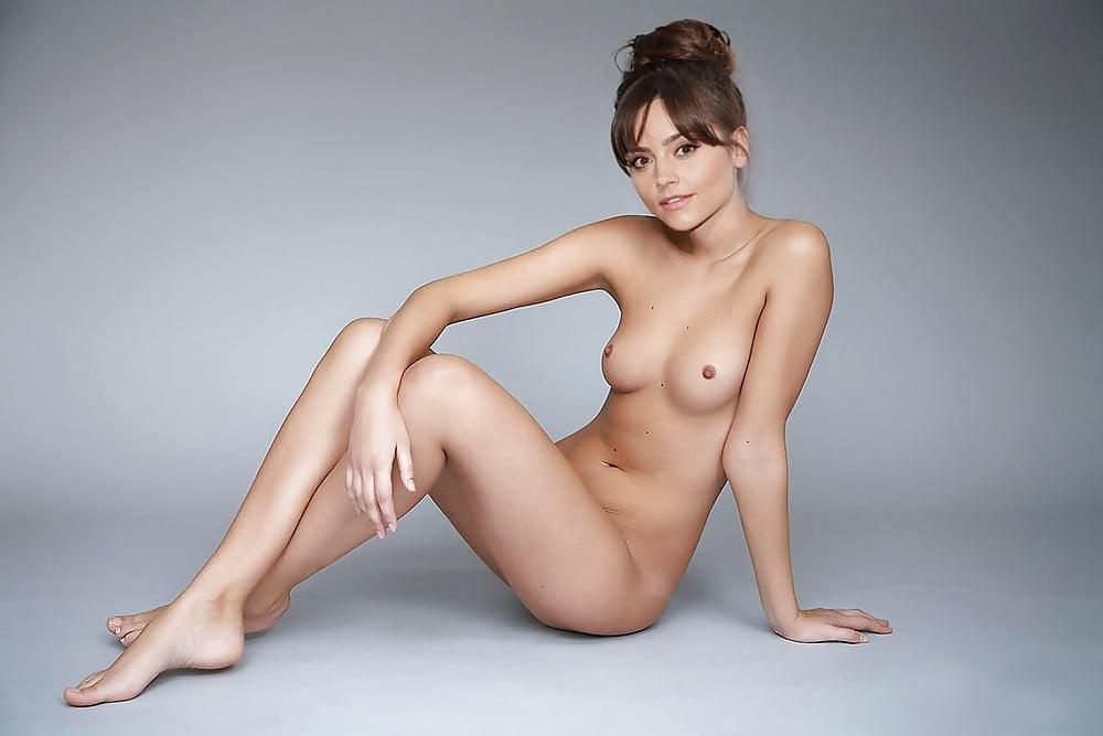 Jenna Louise Coleman - 8 Pics