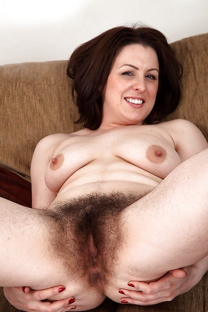 my-girlfriend-hairy-vigina-eat