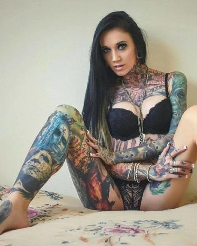 самый посмотреть секс с большой грудью и пирсингом делать
