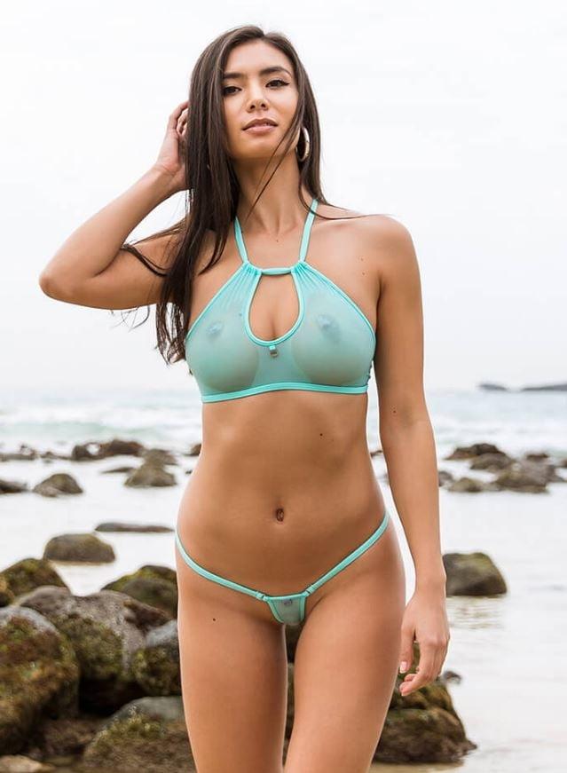 Bikini models handjobs — photo 4