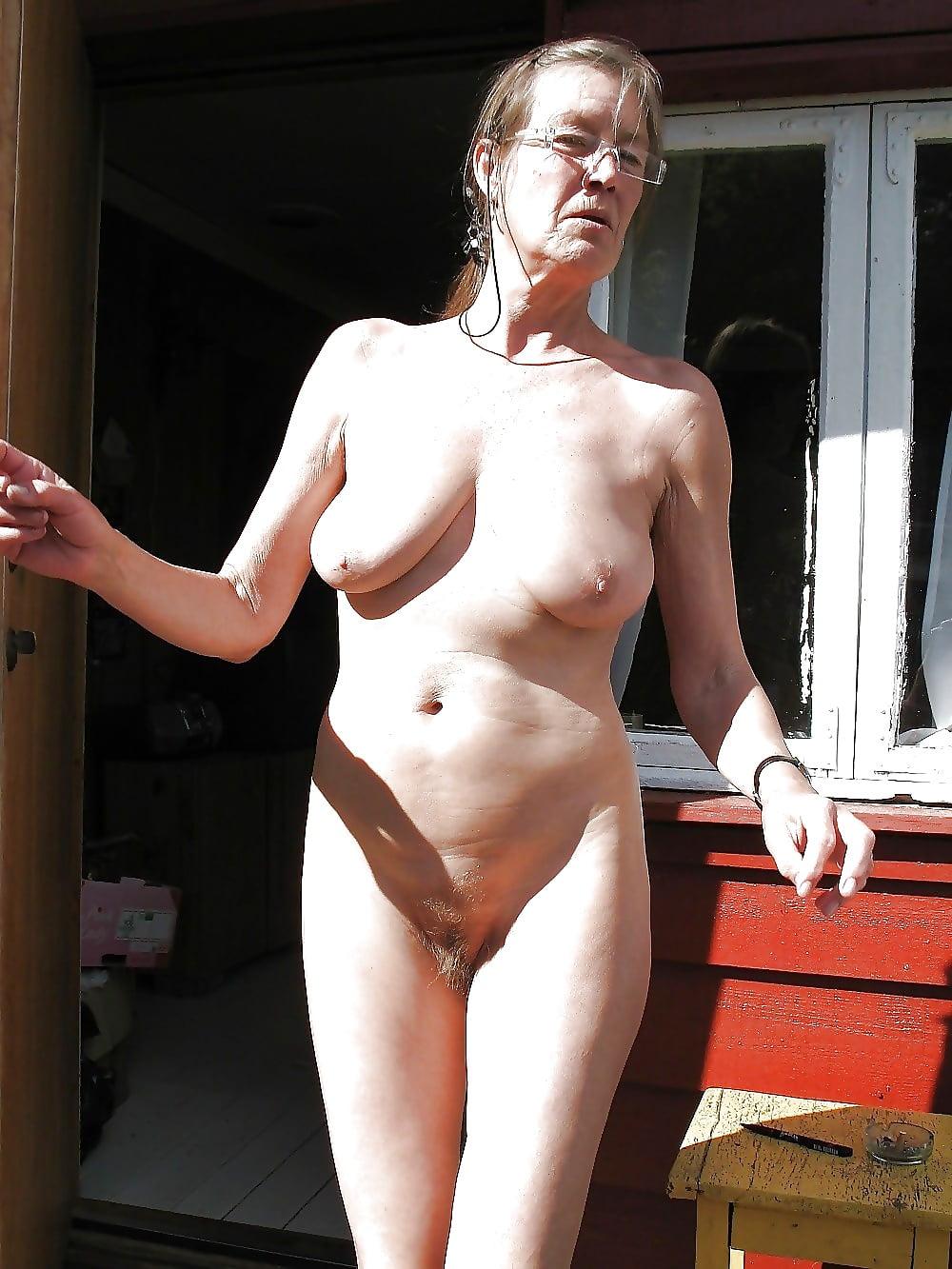 beauty-girls-aged-naked