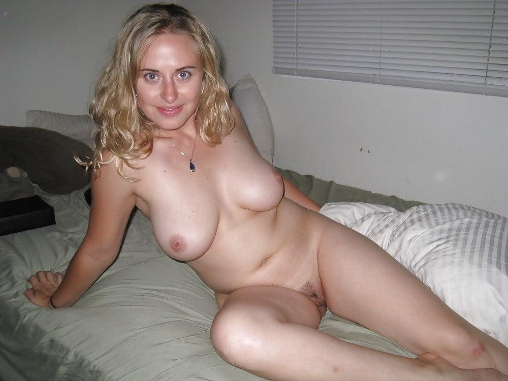 Beautiful naked women in hd
