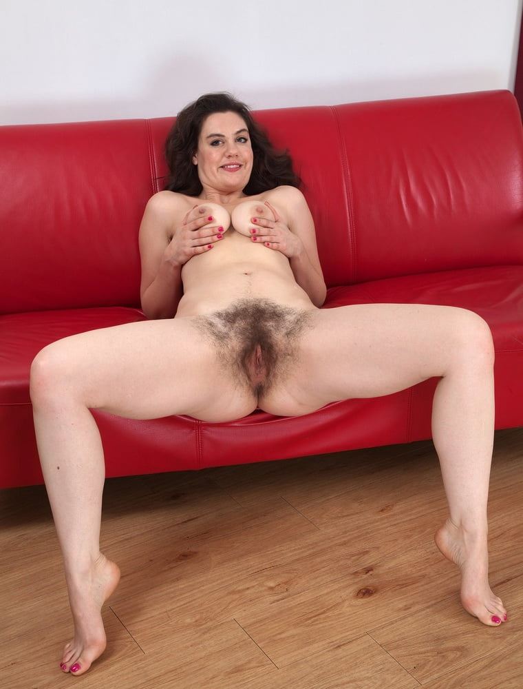 Melissa falko has sex in water