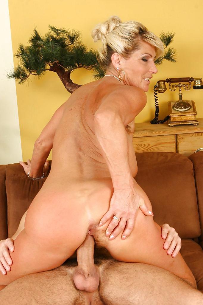 mature-porn-cowgirl-position-albania-porn