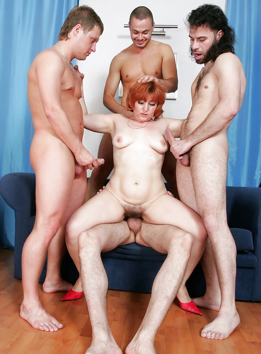 photos-group-moms-fucking-boy