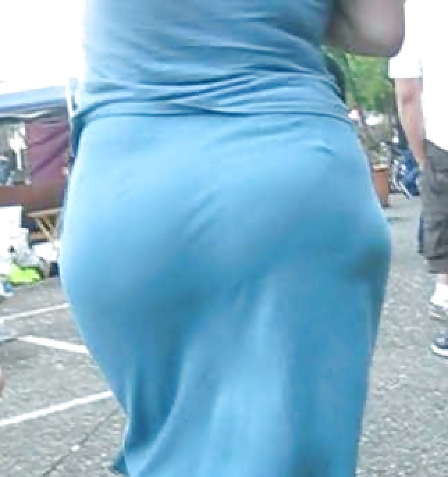 Candid Ass In Tight Dress