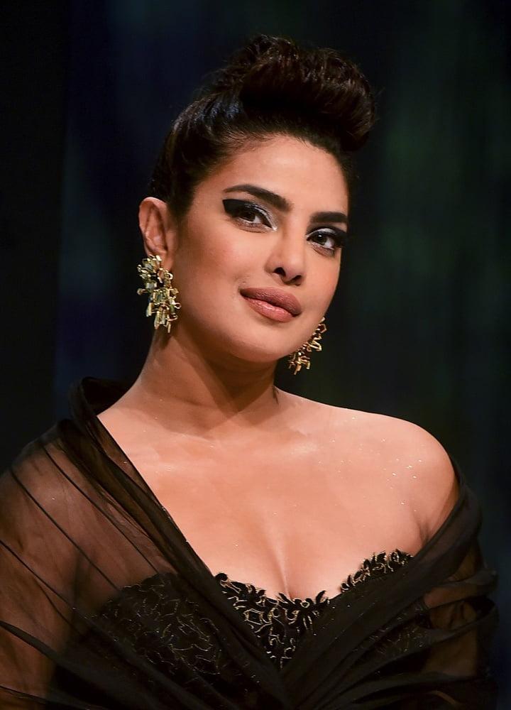 Priyanka chopra hot xnxx-6406