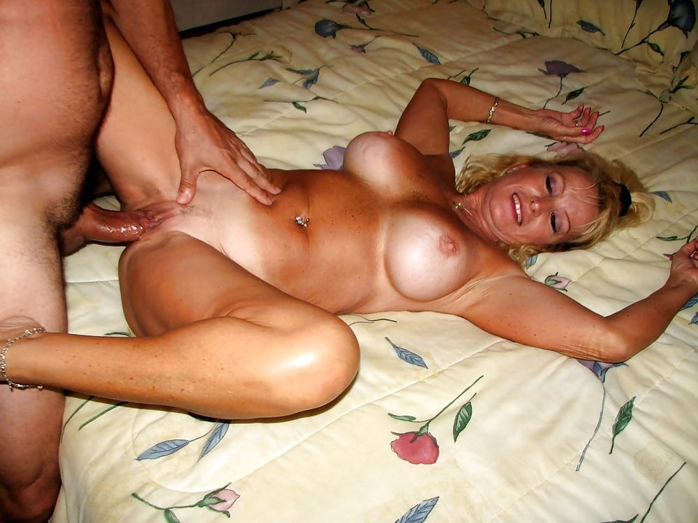 Wife and mother fuck — photo 1