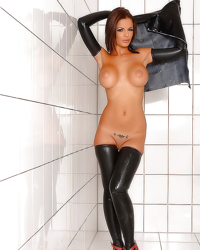 Hot girls in latex and naked women photos