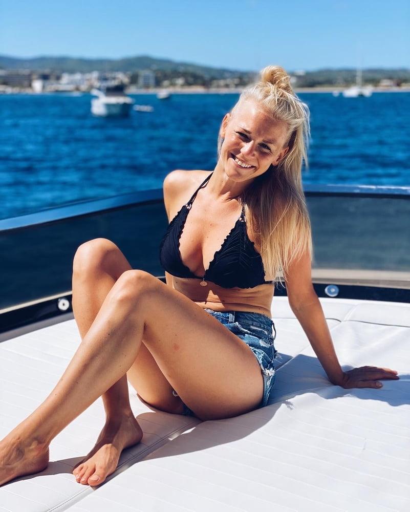 Julia lindholm nackt