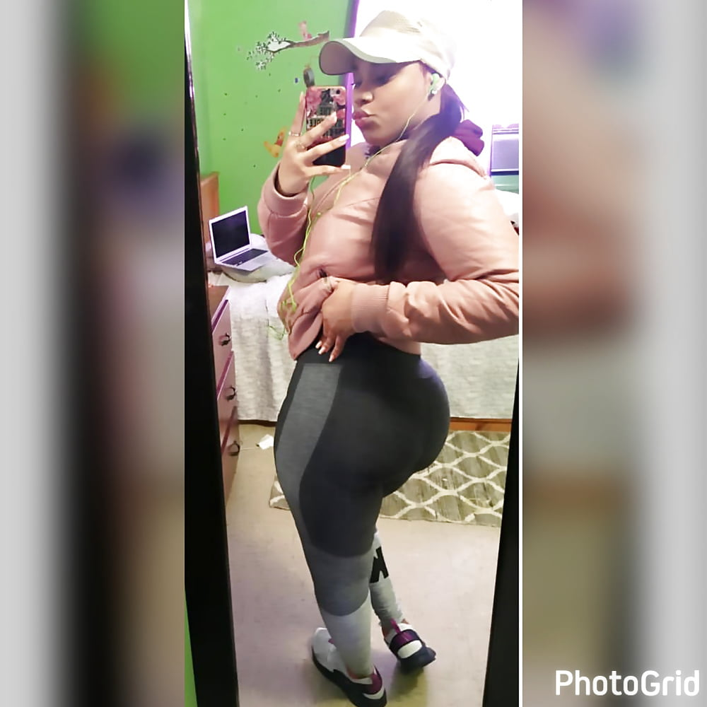 19 yr creo phat n juicy booty luvs her big sex toys - 2 4