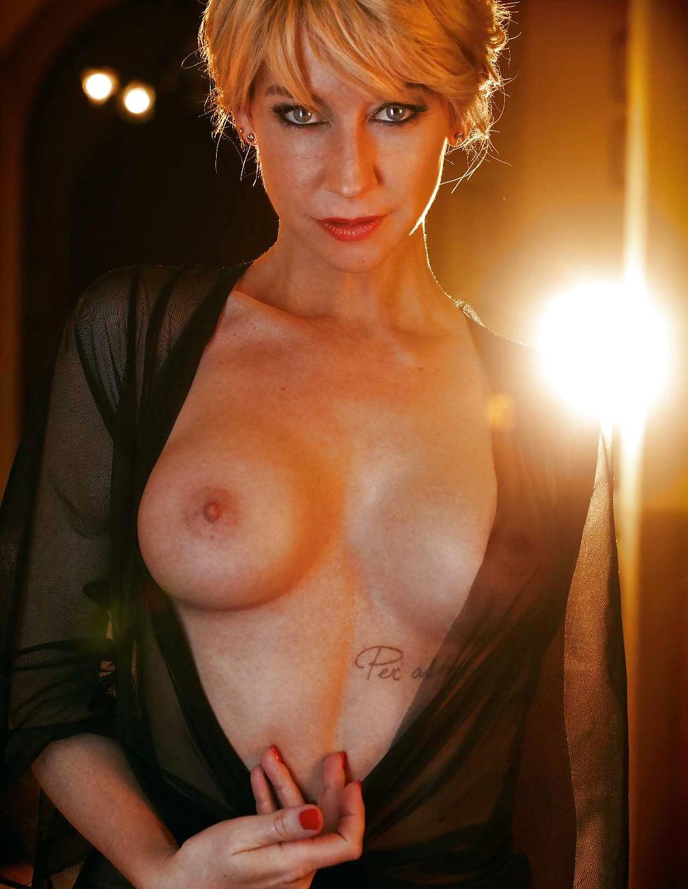 Ersties Nackt