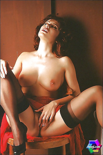 galleries-extreme-roccaforte-fake-nude-naked-butt