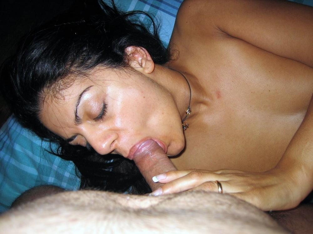 Hot Amateur Latina Babe - 31 Pics