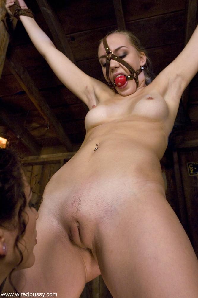 Annette Schwarz & - 76 Pics