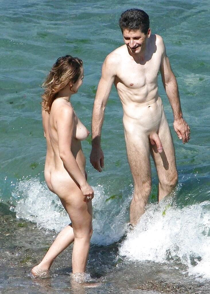 young-couple-nudity-in-fucking-position-nudi-gye-galz-usa