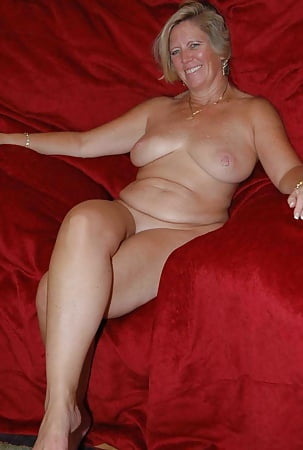 Ideal Nude Old Lady Thumbs Pic